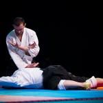 aikido-dojo-nitra-vystupenie-vecer-bojovych-umeni-2013-6